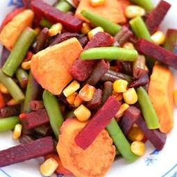 Obrázek Zeleninová pánev s červenou řepou a batáty 375g